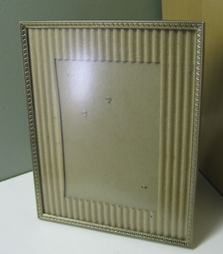 """VINTAGE  BRASS PLATED EASEL BACK PICTURE FRAME 8/"""" X 10/"""""""