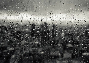 LONDON-WINDOW-DROPS-NEW-A1-CANVAS-GICLEE-ART-PRINT-POSTER