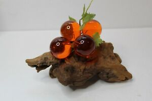 Vintage-Lucite-Acrylic-Resin-Amber-Grapes-On-Driftwood-Mid-Century-Modern-Retro