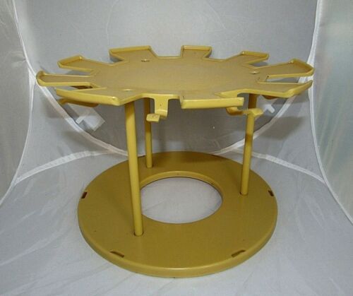 VINTAGE RUBBERMAID CUP N PLATE CAROUSEL 2 TIER LAZY SUSAN ORGANIZER HARVEST GOLD