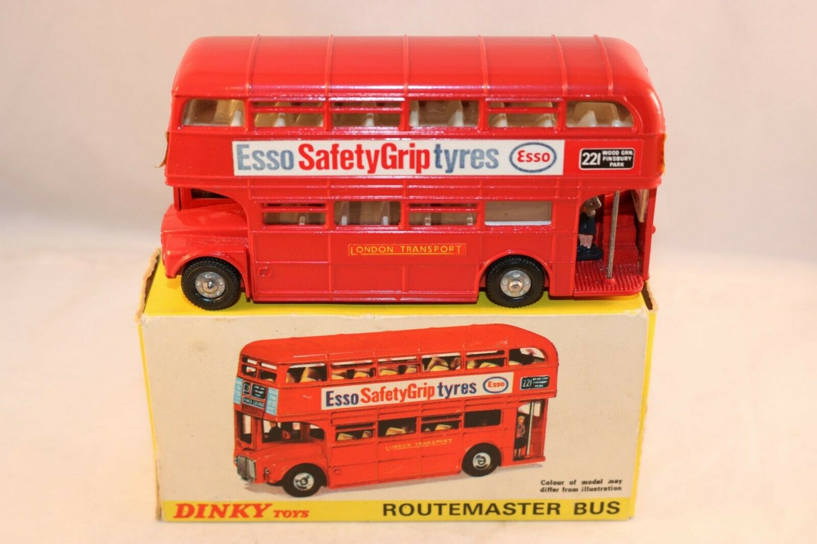 Dinky Toys 289 Routemaster Bus ESSO Safety Grip Tyres 99% mint in box