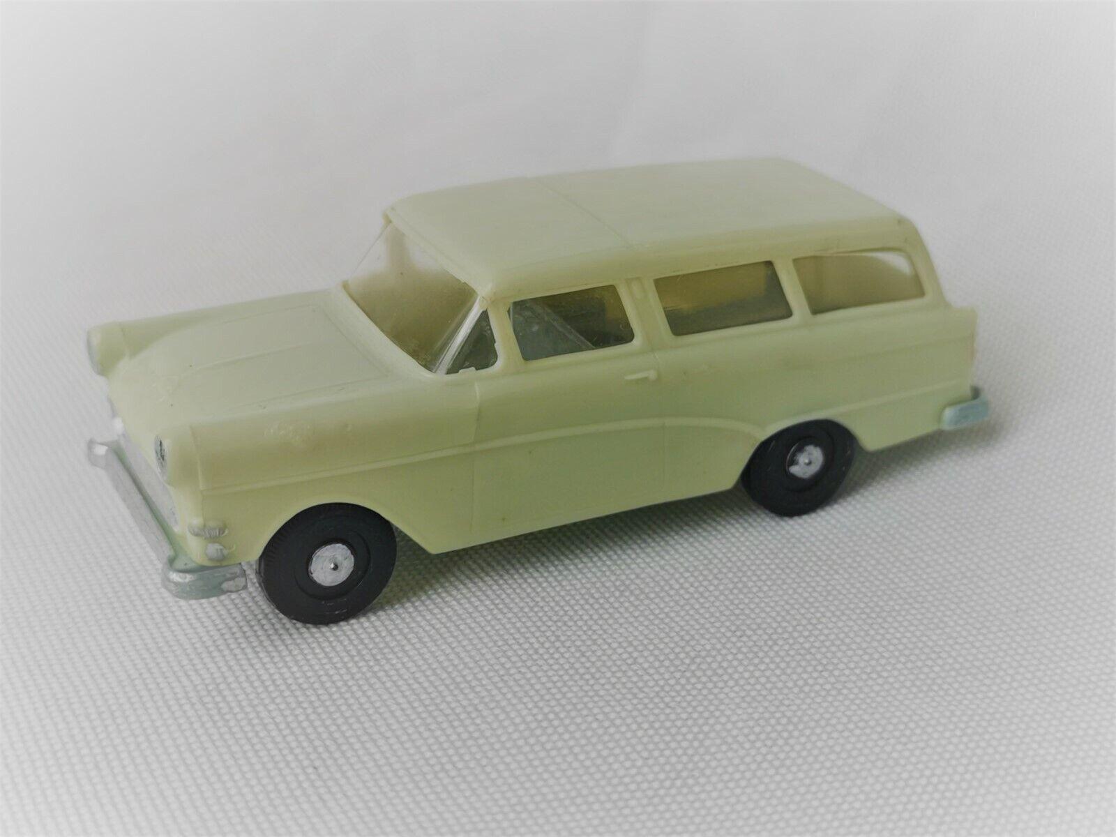 Siku plastic V147 Opel Caravan weissgreen V Series