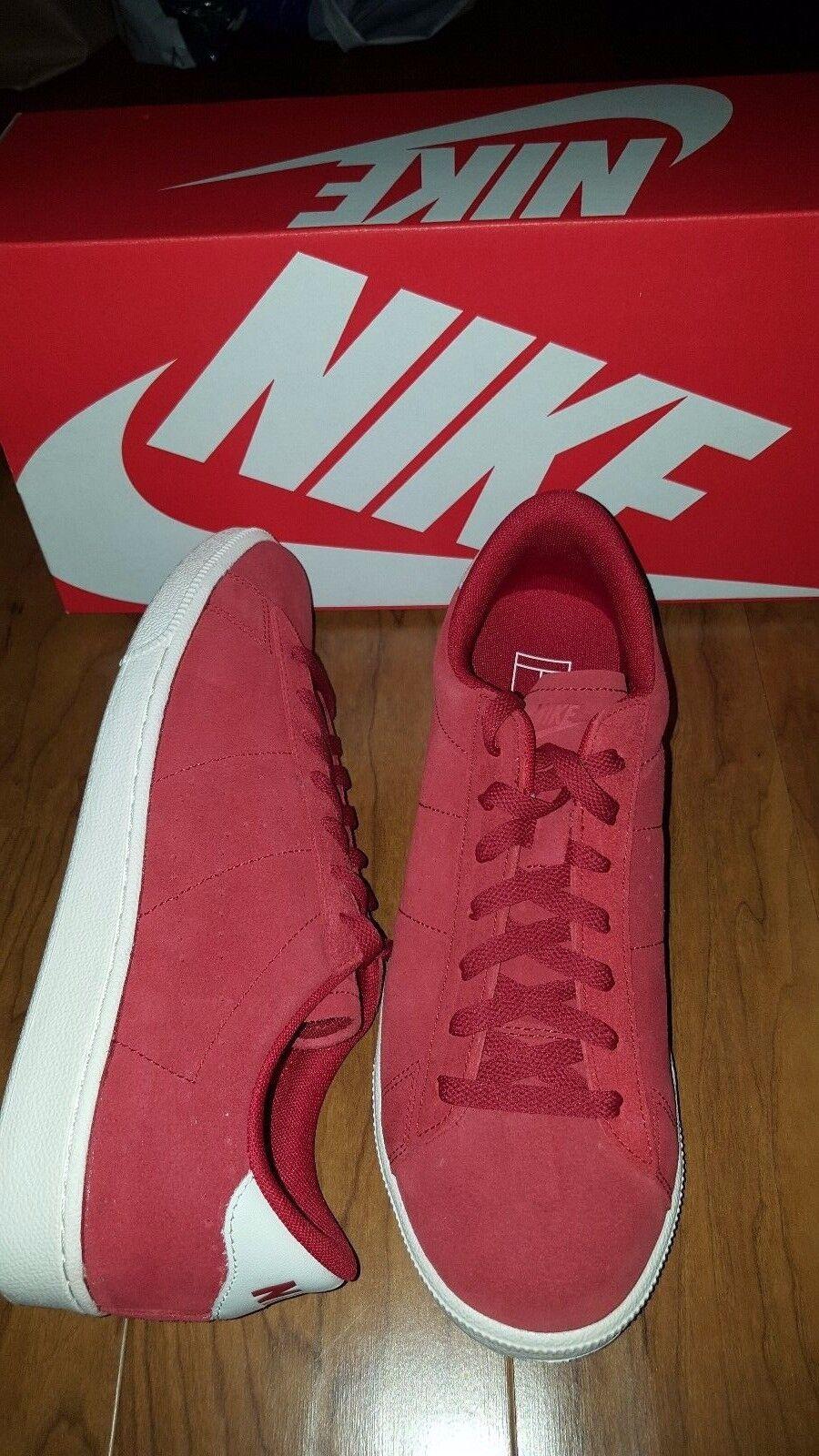 NIKE Rojo Tenis Clásico CS Gamuza Rojo NIKE Marfil 829351 Para hombre Zapatos  EE. UU. 9.5 Nuevo Con Caja 5305e0