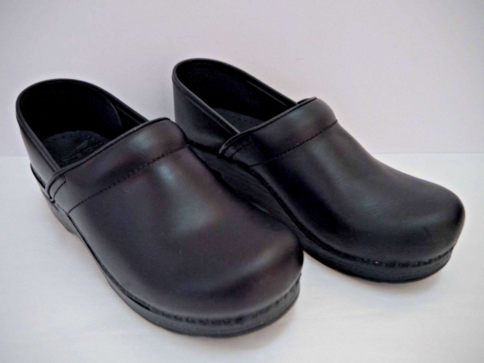 NEW DANSKO Professional black pull up leather closed back clogs shoes size 39
