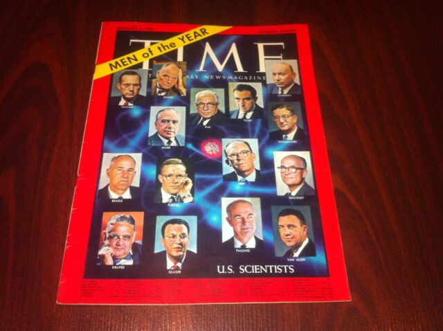 1961 JANUARY 2 TIME MAGAZINE - U.S. SCIENTISTS  FRONT COVER  no label