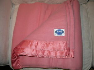 "Antiques Honest Vintage Wool 'dormy' Satin Edged Pink Blanket 90"" Wide X 96"" L Clearance Price"