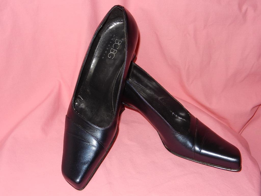 BCBG MAX AZRIA blueE LEATHER HEELS PUMPS size 7 B MADE IN ITALY