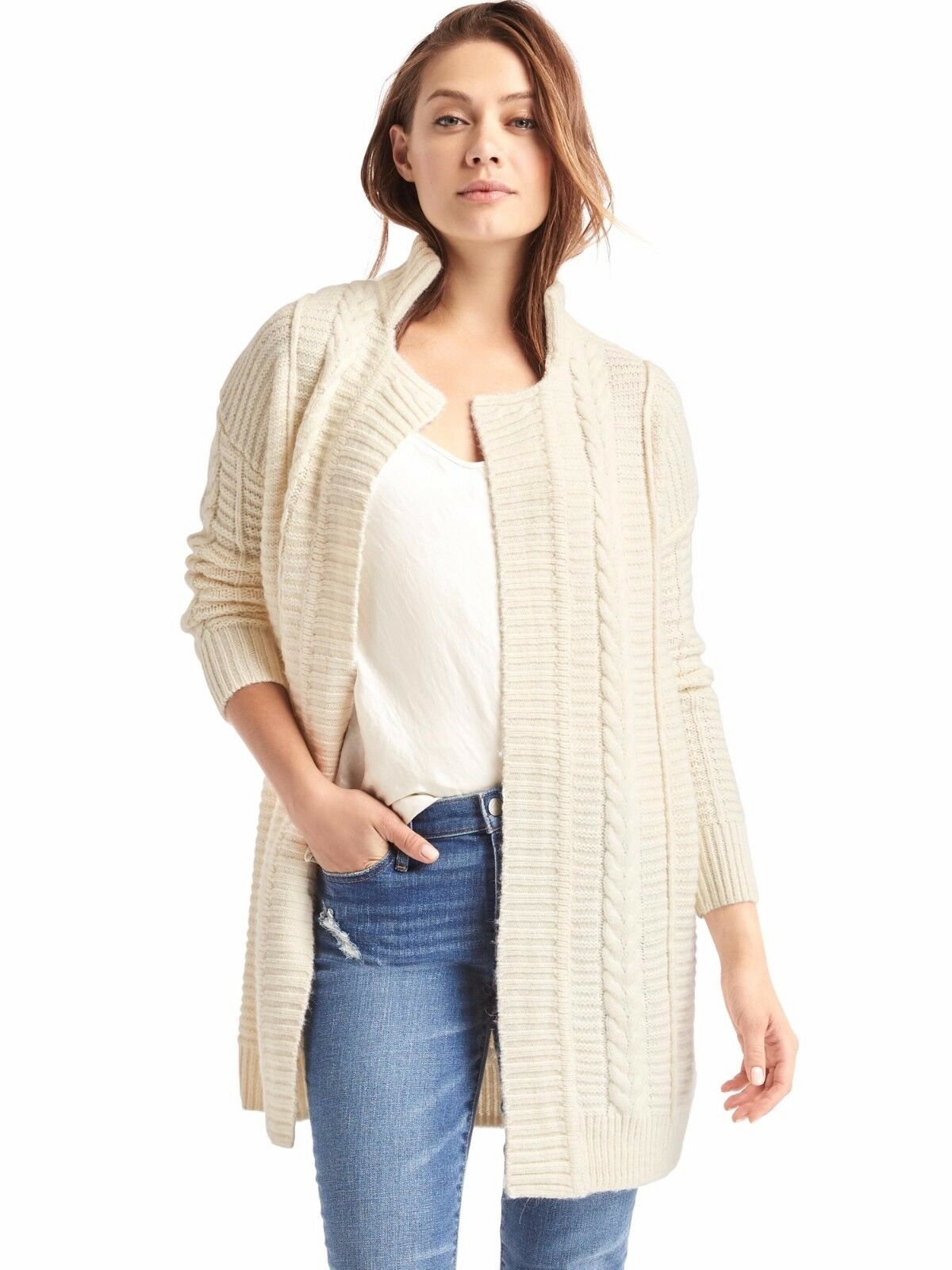 NWT Gap Cable Knit Notch cardigan, Snow Cap SIZE L          v1016