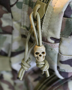 NEW-KOMBAT-UK-TACTICAL-SKULL-CORD-STOPPERS-COYOTE-TAN-BLACK-OR-SILVER-10-PACK