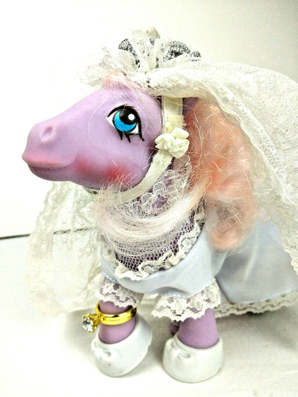 Vintage 80's My Little Pony G1 Satin 'n Lace Mail Order Bride w  Accessories