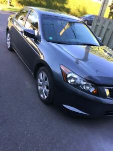 Honda accord 2008 , 143000km, toit ouvrant, air climati