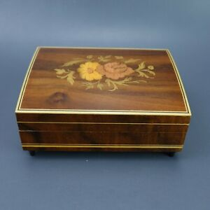 Vintage-Inlaid-Italian-Woodwork-Flower-Motif-Sankyo-Music-Jewelry-Box