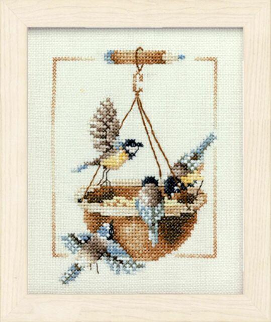 "Lanarte Stickpackung /"" Futterstelle /& Vögel /"" 12,5x15,5 cm PN-0007976"