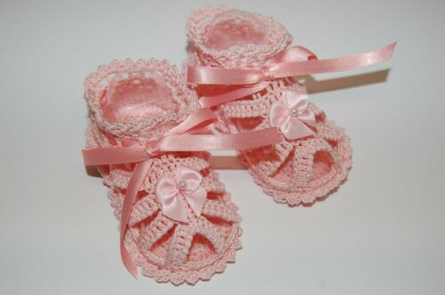 Available in 2 sizes Girls Pink Lace Sandles Thread Crochet Shoes for Baby