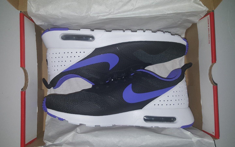 Nike Men's Air Max Tavas Running Shoes Black/Persian Violet/White (705149-025)