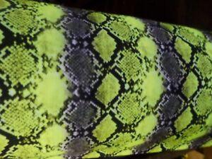 1-yd-print-fabric-4-way-stretch-good-weight-spandex-lycra-USA-J5927