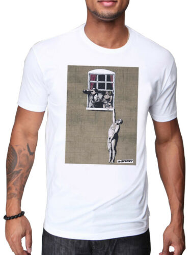 MENS WHITE T-SHIRT WITH NAKED LOVER AVOIDING THE ANGRY HUSBAND  BANKSY PRINT
