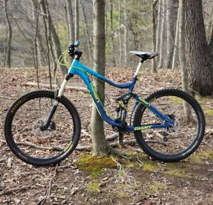 2013-Giant-Reign-2-Full-suspension-mountain-bike-size-MD-Great-condition