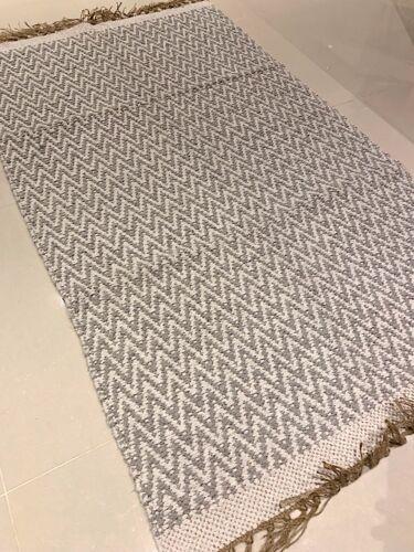 Gris /& Blanc Chevron fait main en coton jute réversible Lavable Zig Zag Kilim Tapis