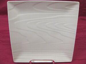 ROSCHER WHITE FINE PORCELAIN WOOD GRAIN DINNER PLATES Set of 4 BRAND ...