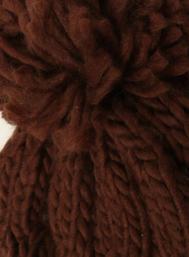 Ladies Girls Mens Bobble Hat Chunky Knit Pom Pom New Warm Winter Snow Beanie