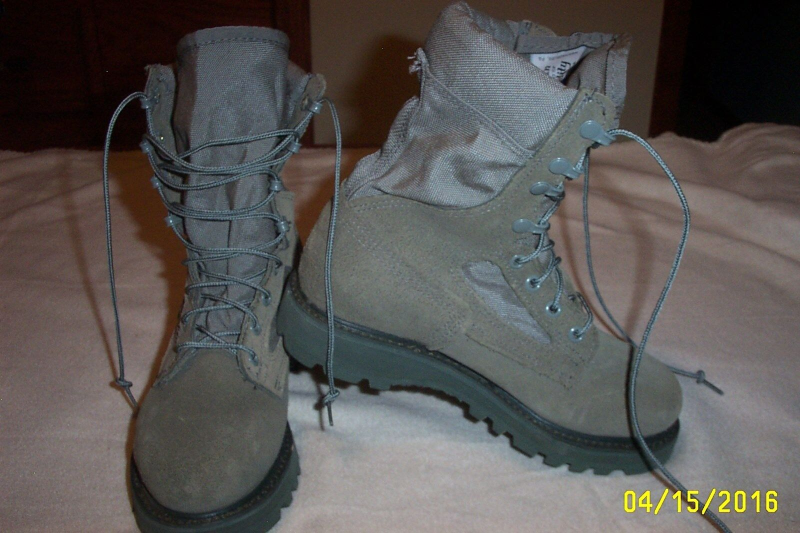 NEW,WOMENS,CORCORAN,MILITARY,6 1 2 M,GREEN SAGE,BOOTS,VIBRAM,MADE IN USA,8705