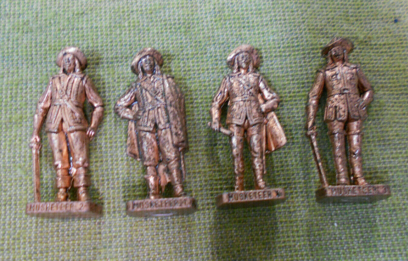 OO.   SET(4) 1992  MUSKETEERS  KINDER SURPRISE  METAL FIGURES - COPPER FINISH