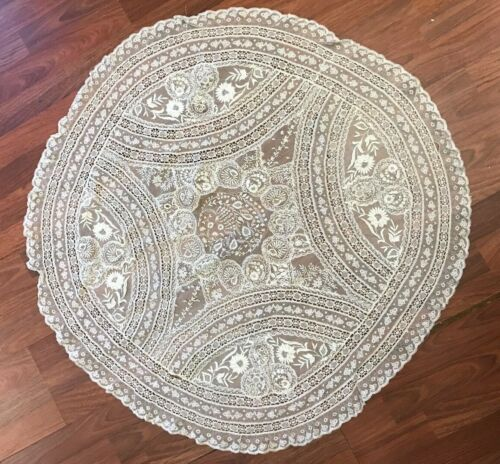 1920s 1930s vintage Large embroidered lace circula