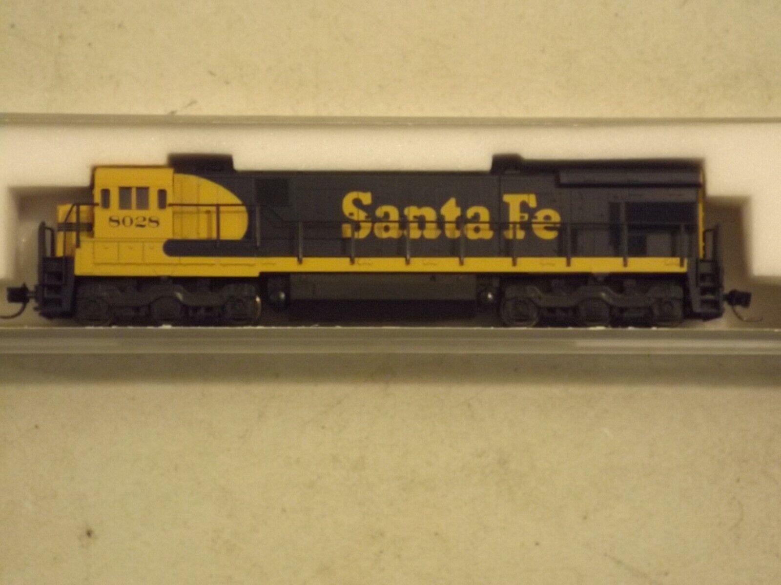 Offriamo vari marchi famosi N gauge gauge gauge Kato Santa Fe C30-7 diesel engine, in original scatola  stanno facendo attività di sconto