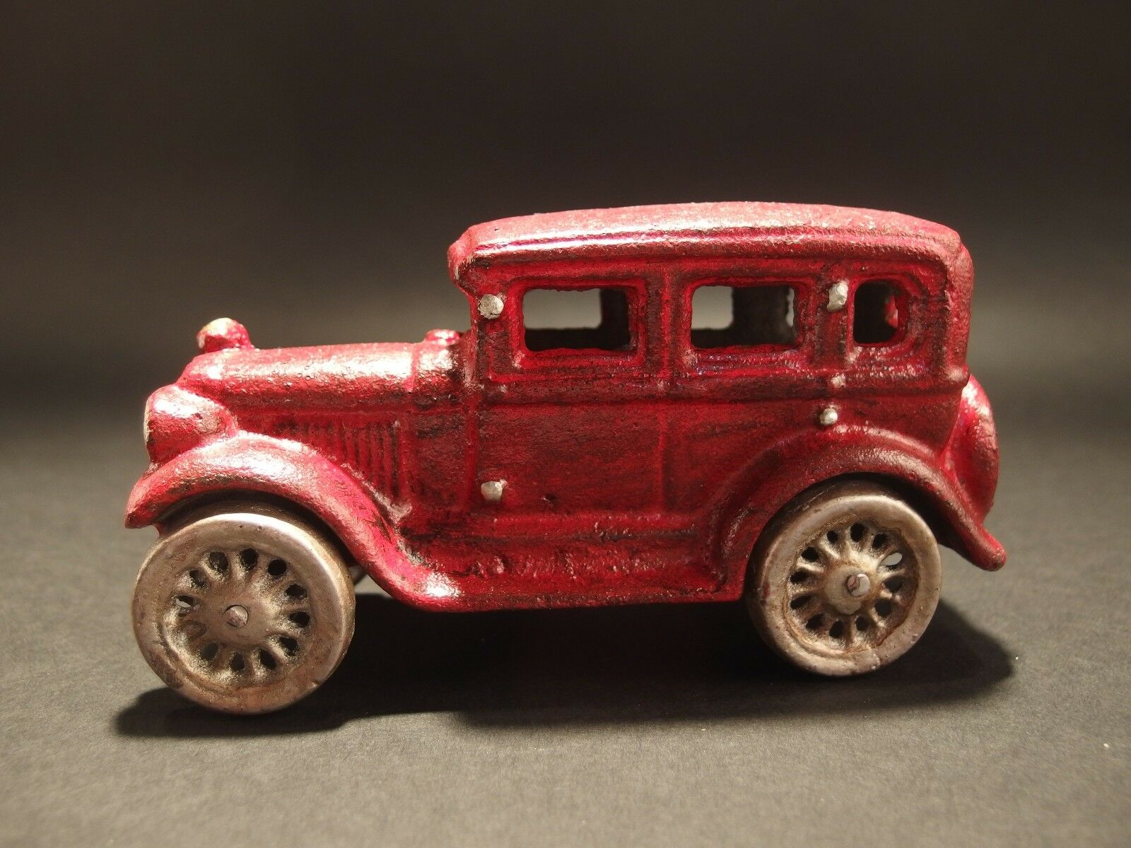 Antique Vintage Style Cast Iron rosso Sedan Toy Car