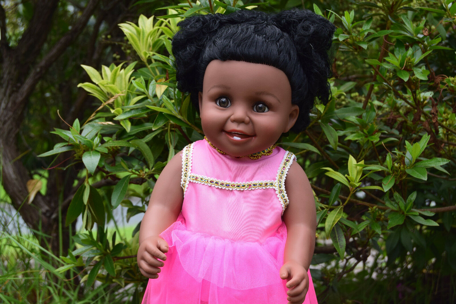16  Lina Afro Abito da sera nero pelle Girl bambola vinile 47 cm Smiley Bambola capelli afro