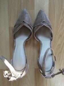 4bfab18b932657 Das Bild wird geladen Massimo-Dutti-Leder-Pumps-High-Heels-Schuhe-nude-