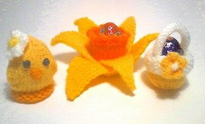 KNITTING PATTERN FOR 3 CREAM EGG HOLDERS CHICK IN NEST BASKET AND DAFFODIL.