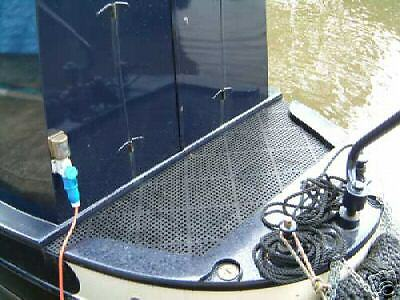 Ideal for boats Versatile Non Slip Interlocking Floor Tile kennels /& sheds