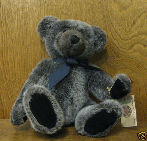 Russ Berrie  2113 YARWOOD, VINTAGE VINTAGE VINTAGE COLLECTION 13  Teddy Bear From Retail Store 3ca8f8