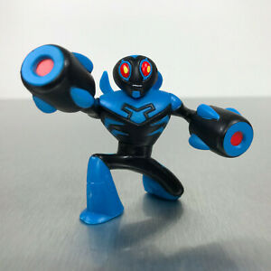 DC-Universe-Action-League-Brave-and-the-Bold-BLUE-BEETLE-figure-w-cannon-hands