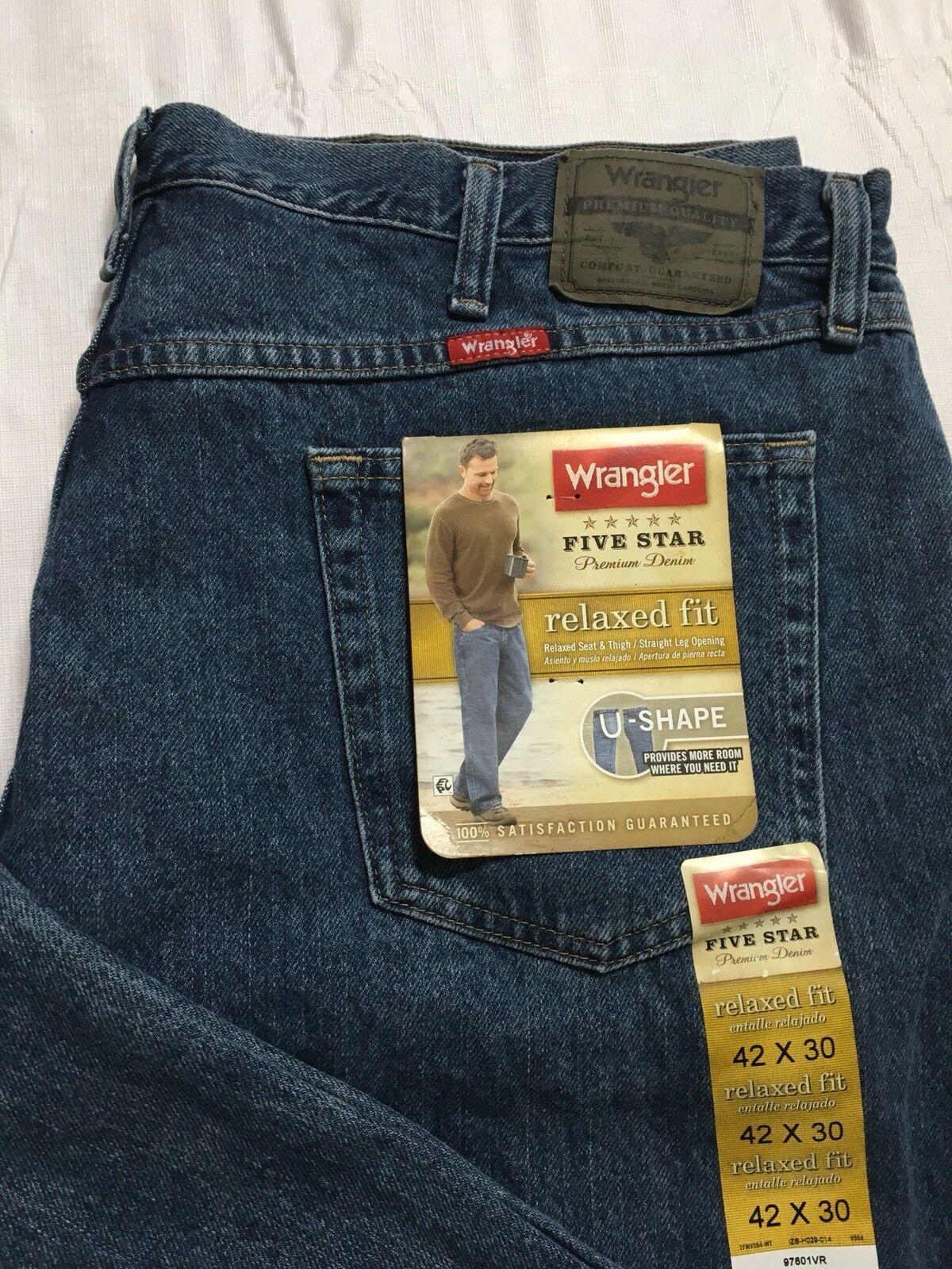 Wrangler Five Star Jeans Men's 42x30  Relaxed Fit Straight Leg bluee Denim NWT