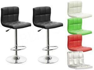 bancone cucina con sedie incluse