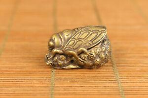 Asain-old-bronze-hand-carving-cicada-figure-statue-netsuke-noble-gift