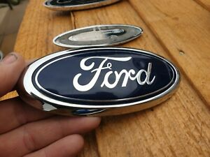Ford-Mondeo-MK3-FACELIFT-Front-Grille-Swivel-Badge-Genuine-Used-Part