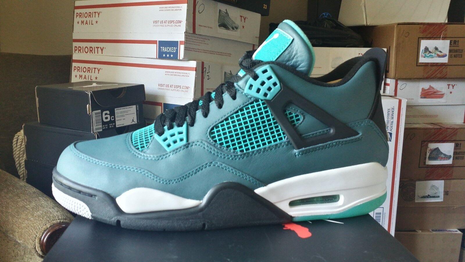 Nike Air Jordan 4 Retro men size 9.5 & 10
