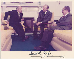 Gerald-Ford-and-Henry-Kissinger-signed-photograph