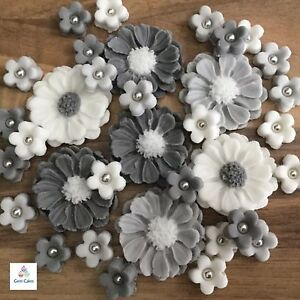 30 silver wedding bouquet edible grey white flowers cake toppers image is loading 30 silver wedding bouquet edible grey white flowers mightylinksfo