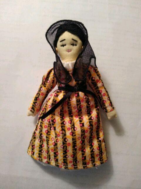American Girl Josefina/'s Doll Nina NIB  Retired