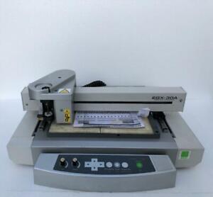 Roland EGX-30A Gravure Machine / Bureau Graveur
