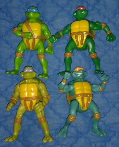 2007 *** SET OF ALL 8 McD TURTLES ** McDONALD`S TEENAGE MUTANT NINJA TMNT 2005