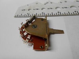 PA222-526 SWITCH-LEVER OPEN FRAME 12VDC 3 AMP NEW OLD STOCK 4PCS