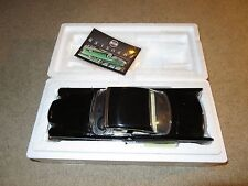 ERTL Chrysler Collection 1957 Chrysler 300 C Black Diecast 1:18 Scale MIB 2001