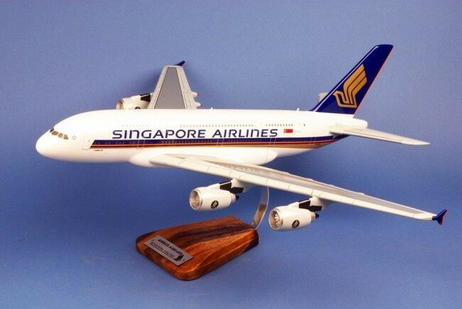 AIRBUS A 380-800 SINGAPORE AIRLINES    1 144 EME