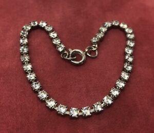 Vintage-Bracelet-7-Silver-Tone-Rhinestone-Thin